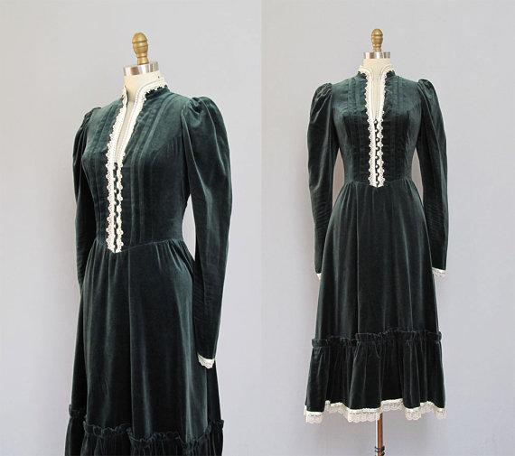 vintage GUNNE SAX dark green velvet dress S M by secretlake