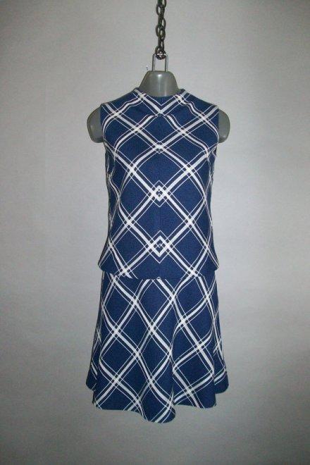 CARLETTE // Rayon Linen Dress // Drop Waist // Large Plaid by lindaowen