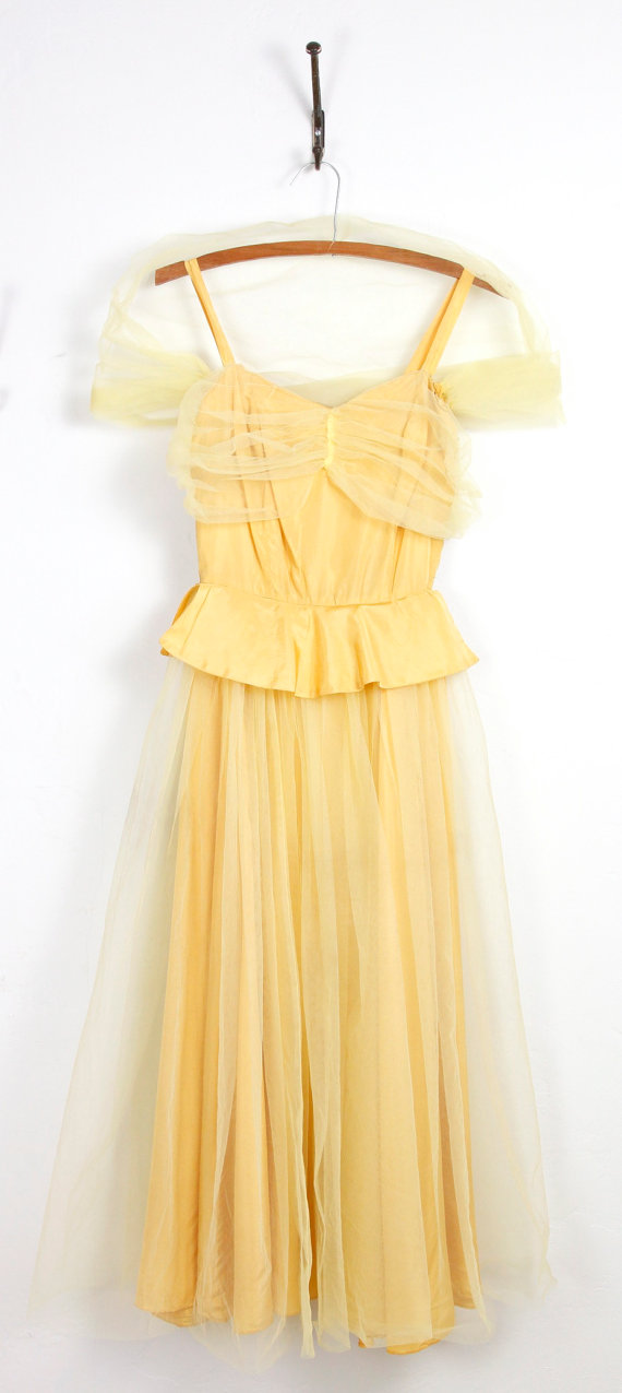 1940s Yellow Taffeta and Tulle Full Skirt Dress by salvagelife