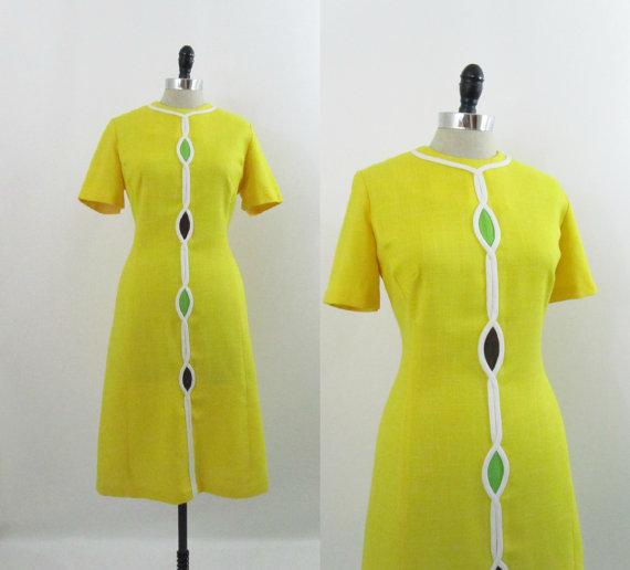 Vintage 1960s Dress Mod Yellow Helix Shift M L by 4birdsvintage