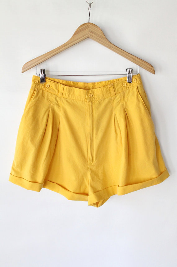 Vintage 80s Yellow Cotton Pleated Summer Shorts // Women's High Waisted Shorts by vauxvintage