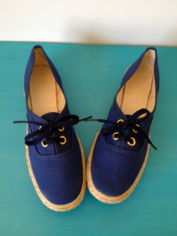 vintage 60s navy nautical boat shoes rope detail 7 n by vintspiration