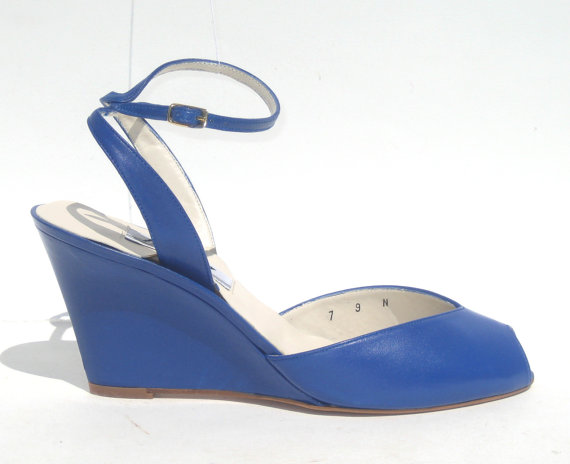 size 9 / 1980s mint cobalt blue wedges by SplendoreBoutique