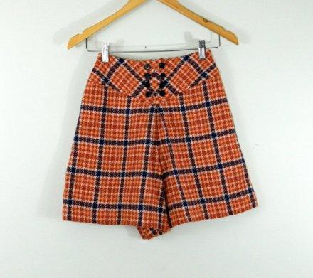 SALE Mod wool shorts . orange navy plaid . twiggy size . Bobbie Brooks . preppy. xs teen by BeAtSaNdBoHoS