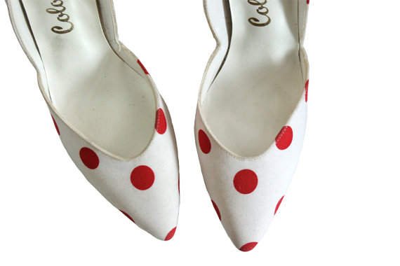 Vintage polka dot pumps / eighties - do - fifties canvas high heels with red polka dots / Size 8 by PrettyOldGoods