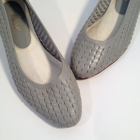 vintage 80s bass dove gray woven leather wedges 6