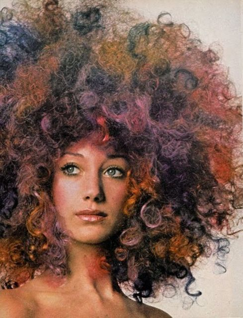 Marisa Berenson photographed by sister Berry Berenson for Vogue, October 1970.
