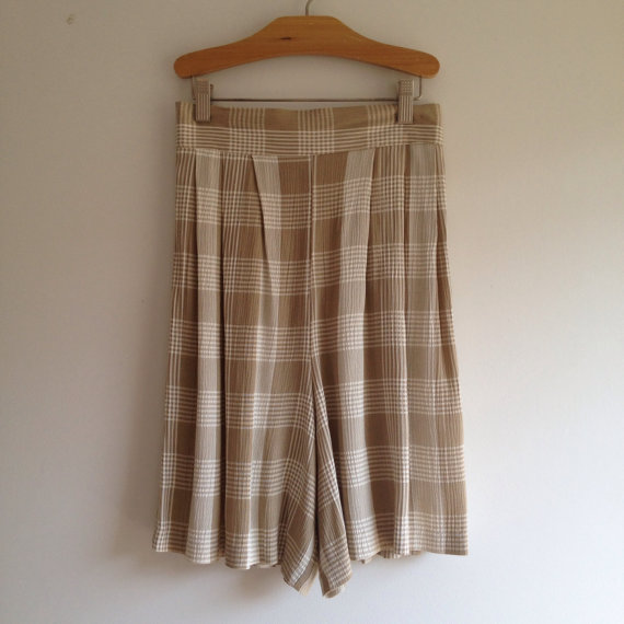 vintage 90s HIGH WAISTED rayon plaid shorts s