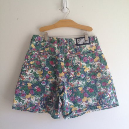 vintage 90s BONGO FLORAL print high waisted denim shorts m