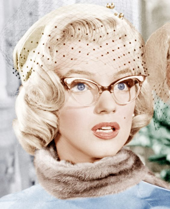 marilyn monroe glasses